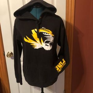 Mizzou hoodie from Pink medium